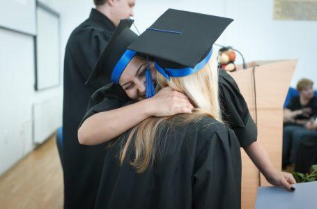Université, remise de diplôme – ©Maura Barbulescu CC0 Creative Commons