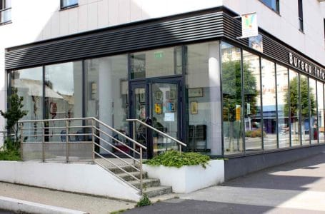 Bureau informations jeunesse, ville de Saint Malo – ©atelier-art-therapie.com